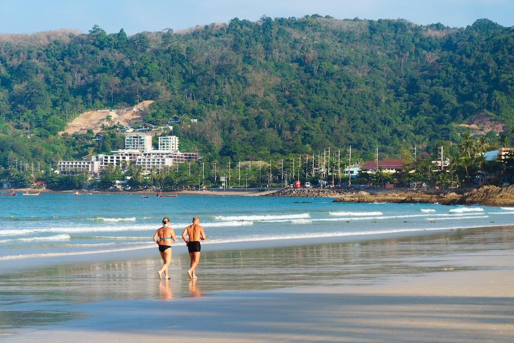 beach-2090181